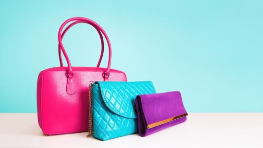 Comment choisir un sac à main associé à votre tenue ?